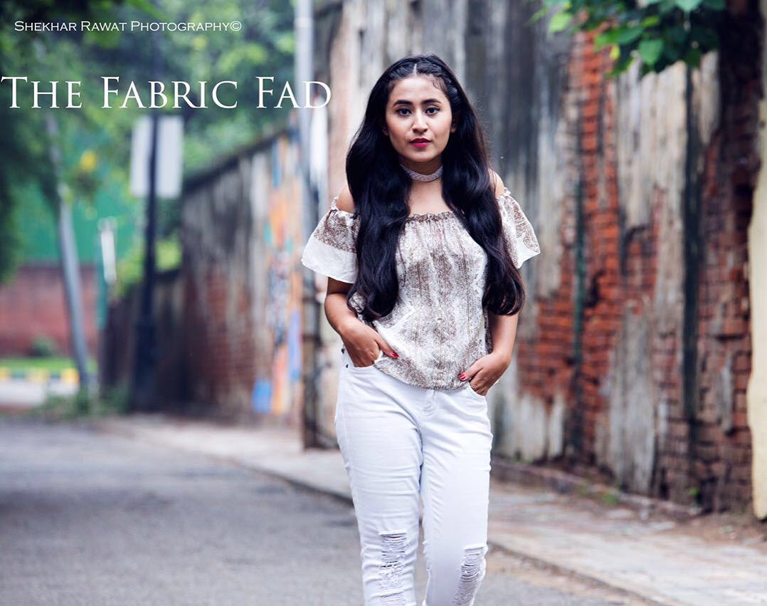 The Fabric Fad in Lace Choker