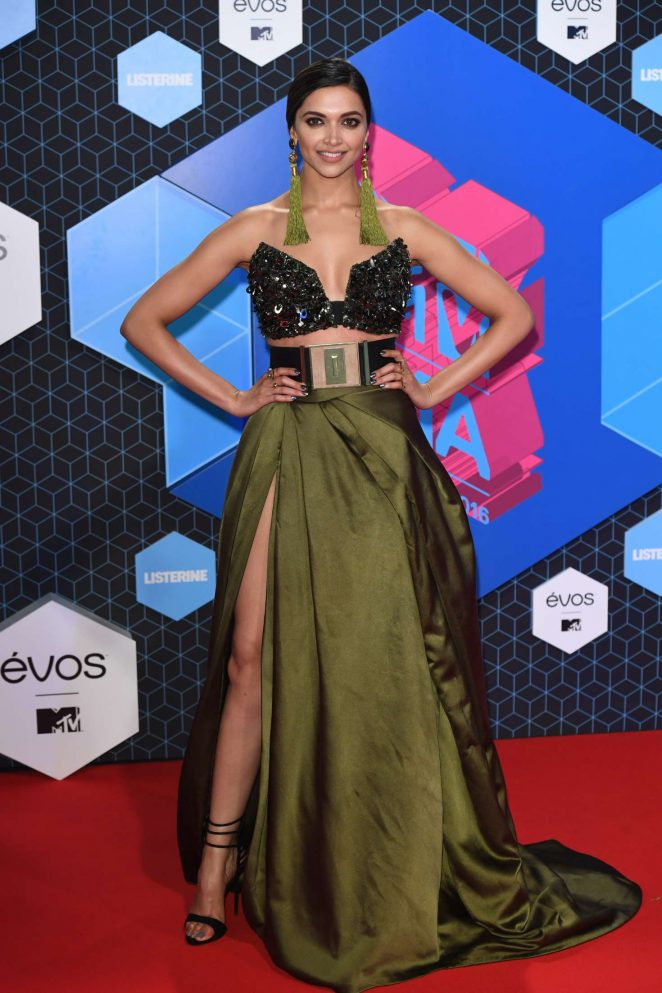 Deepika Padukone At 2016 MTV Europe Music Awards