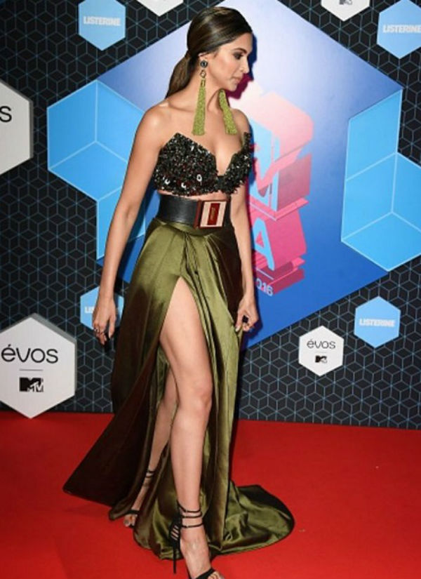 Deepika Padukone At 2016 MTV EMA