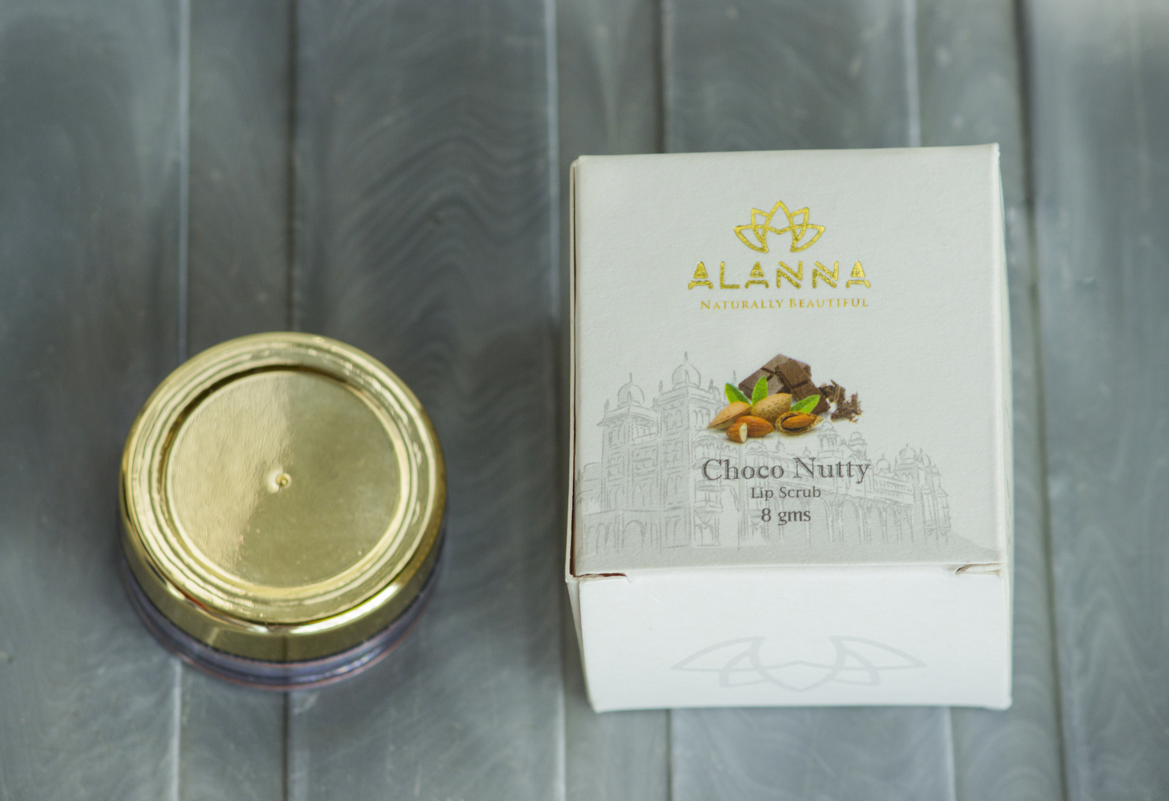 Alanna Naturally Beautiful- Choco Nutty Lip Scrub Review